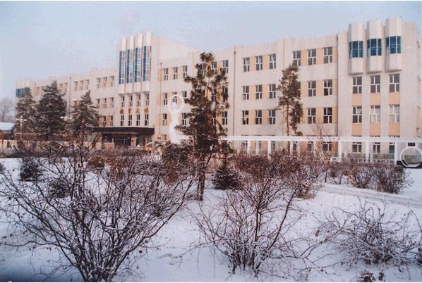 齐齐哈尔铁路工程学校 校园图片简介